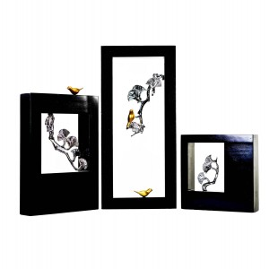 Рамка-декор с серебряными цветами, трио