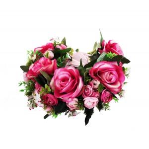 Венок с крупными цветами